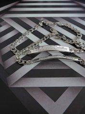 Esclavas-Pareja2